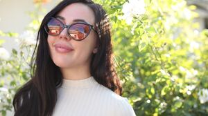 Sun Sunglasses Long Hair 1568x1044 Wallpaper