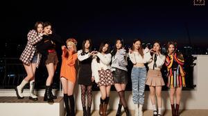Fromis 9 Dark Background K Pop Short Skirt Nagyung Lee Seoyeon Baek Jiheon Song Hayoung Lee Saerom L 4000x2670 Wallpaper