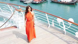 Actress Brunette Dil Dhadakne Do Indian Orange Dress Priyanka Chopra Singer 5120x2880 Wallpaper