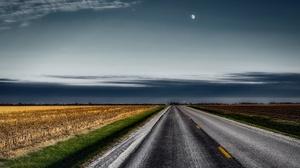 Field Moon Road 3840x2160 wallpaper