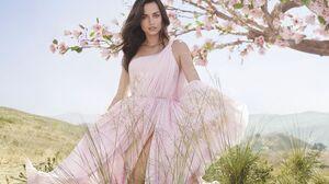 Ana De Armas Actress Brunette Green Eyes Looking At Viewer Women Pink Dress Flowers Women Outdoors 2550x1562 Wallpaper