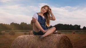 Women Outdoors Women Outdoors Model Sitting Smiling Field Haystacks Looking At Viewer Long Hair Brun 2048x1152 Wallpaper