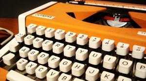 Man Made Typewriter 2048x1536 Wallpaper