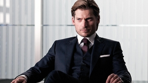 Actor Danish Nikolaj Coster Waldau Suit 2560x1440 Wallpaper