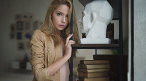 Blonde Depth Of Field Girl Model Woman 1920x1200 Wallpaper