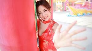 Women Asian 2000x1334 Wallpaper
