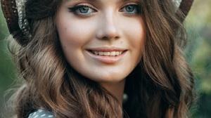 Viktoriya Gurtovaya Women Hat Brunette Wavy Hair Blue Eyes Smiling Makeup Dots Depth Of Field Portra 1440x2160 Wallpaper