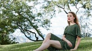 Actress American Green Eyes Depth Of Field Blonde Lipstick 2400x1600 Wallpaper