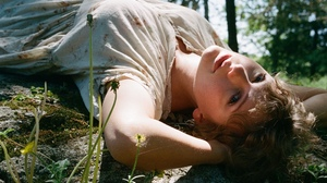 Taylor Swift Women Singer Blue Eyes Nature Blonde Long Hair 1920x1388 Wallpaper