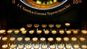 Man Made Typewriter 3840x2400 wallpaper