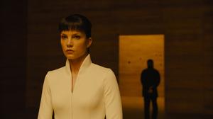 Blade Runner 2049 Sylvia Hoeks 2048x1308 Wallpaper