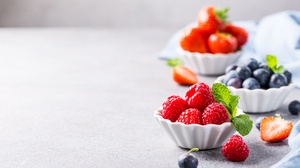 Berry Blueberry Fruit Raspberry Still Life 5760x3840 Wallpaper
