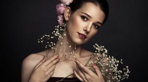Ariadna Belkina Women Dark Hair Flower In Hair Makeup Plants Bare Shoulders Blush Lipstick Head Tilt 1500x1179 Wallpaper