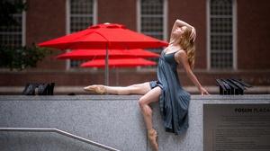 Women Sitting Urban Women Outdoors Arms Up Blonde Legs Looking Up Long Hair Dress 3840x2160 Wallpaper