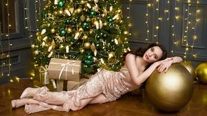 Sergey Prozvitsky Women Olga Kozhevnikova Brunette Resting Head Globes Gold Makeup Dress Looking At  2500x1669 Wallpaper