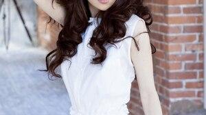 Women Model Brunette Long Hair 1365x2048 Wallpaper