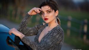 Women Model Women Outdoors Outdoors Women With Cars Looking At Viewer 500px Dark Hair Makeup Lipstic 2048x1365 Wallpaper