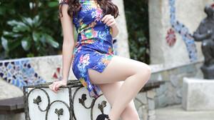 Asian Model Women Long Hair Dark Hair Traditional Clothing Black Heels Hair Ornament Depth Of Field  2560x3840 Wallpaper