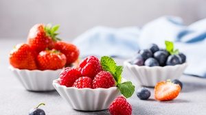 Berry Blueberry Fruit Raspberry Still Life Strawberry 5376x3840 wallpaper