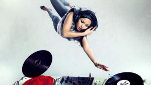 Music DJ 2560x1600 Wallpaper