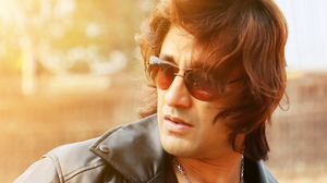Indian Actors Bengali Actors Rajkumar Patra Blonde Hunks Male Models Leather Clothing Long Hair Sung 2560x1600 Wallpaper