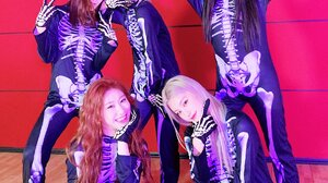 Itzy K Pop Girl Band Korean Women Asian 1804x2405 Wallpaper