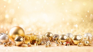 Bauble Christmas Christmas Ornaments Gift 7360x4912 wallpaper