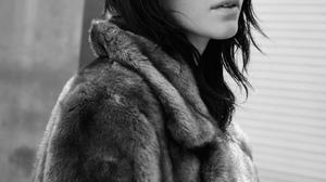 Kendall Jenner Women Model Brunette Dark Hair Urban Monochrome Legs Elle Magazine 2334x3500 Wallpaper