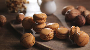 Macaron Sweets 2048x1365 wallpaper