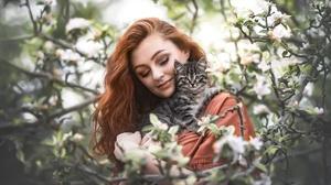 Woman Girl Cat Redhead Baby Animal Mood 2048x1313 Wallpaper
