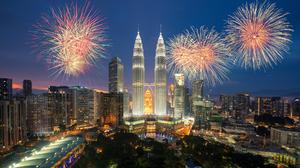 City Colorful Fireworks Kuala Lumpur Malaysia 2000x1136 Wallpaper