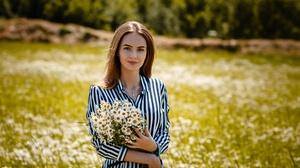 Chamomile Depth Of Field Flower Girl Model White Flower Woman 2560x1793 wallpaper