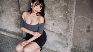 Ning Shioulin Women Model Asian Brunette Bare Shoulders Crop Top Looking At Viewer Portrait Outdoors 2560x1707 wallpaper