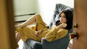 Actress American Black Hair Shailene Woodley 2560x1440 Wallpaper