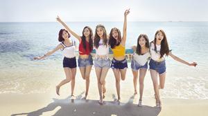 Woman K Pop Korean Asian Girl Band Beach Ocean Sea Brunette Shorts Smile Singer 1920x1080 Wallpaper