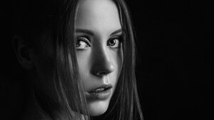 Alexey Kishechkin Women Ksenia Kokoreva Looking At Viewer Portrait Monochrome 2324x1307 Wallpaper
