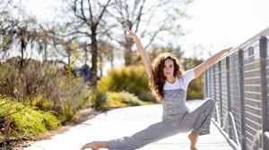 Women Outdoors Flexible Barefoot Arms Up Women Outdoors Model Brunette Tiptoe 2560x1707 Wallpaper