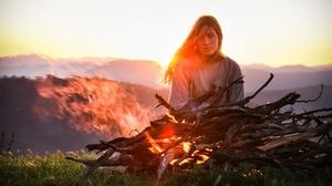 Women Outdoors Women Outdoors Fire Wood Burning Nature Long Hair Looking At Viewer 2560x1440 Wallpaper