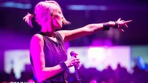 Emma Hewitt Trance Women Microphone 1280x853 Wallpaper