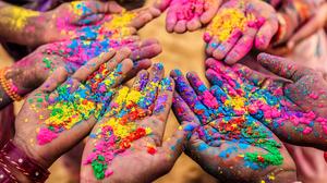 Colors Hand Holi 2000x1333 Wallpaper