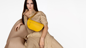 Kendall Jenner Women Model Long Hair Dark Hair Straight Hair White Background Fashion Hand Bags Simp 2000x1333 Wallpaper