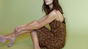 British Singer Woman Brunette Brown Eyes High Heels 5000x3964 Wallpaper