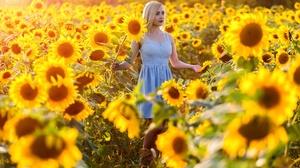 Woman Girl Summer Yellow Flower Flower Dress Blonde Lipstick 2472x1648 Wallpaper