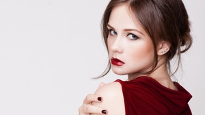 Elena Kharichkina Brunette Lipstick Blue Eyes 3572x2857 Wallpaper