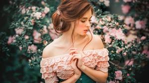 Woman Model Girl Redhead Pink Flower 2048x1365 Wallpaper