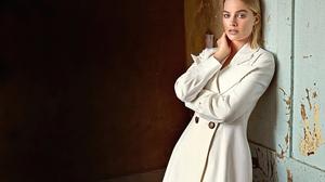 Actress Australian Blonde Girl Margot Robbie 3000x2000 Wallpaper