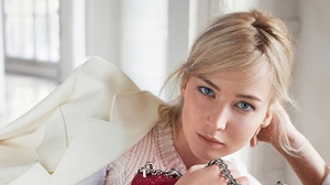 Girl Actress Blonde Blue Eyes American 2048x1152 Wallpaper