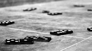 Dominos 4928x2111 Wallpaper