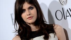 Actress American Black Hair Blue Eyes Face 3000x2000 Wallpaper