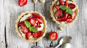 Berry Dessert Fruit Pastry Still Life Strawberry 4000x2755 Wallpaper